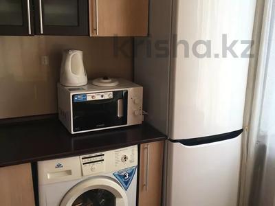 1-комнатная квартира, 32 м², 5/5 этаж посуточно, Астана 32\1 — Дзержинского за 6 000 〒 в Усть-Каменогорске — фото 8
