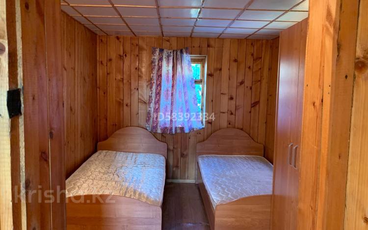 2-комнатный дом посуточно, 55 м², 3 сот., Б/о Ленинград за 12 000 〒 в Новой бухтарме