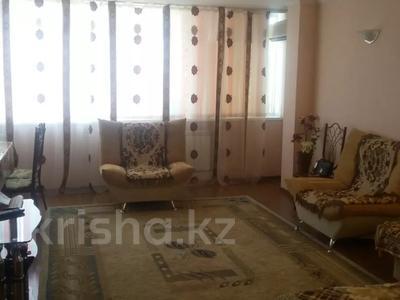1-комнатная квартира, 39 м², 8/10 этаж, проспект Алии Молдагуловой 5А за 7.3 млн 〒 в Актобе, мкр 5
