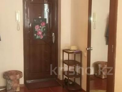 1-комнатная квартира, 39 м², 8/10 этаж, проспект Алии Молдагуловой 5А за 7.3 млн 〒 в Актобе, мкр 5 — фото 3