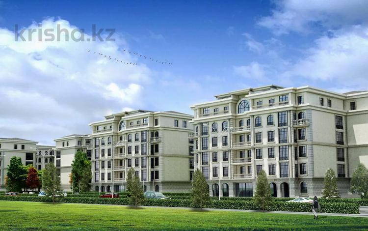 3-комнатная квартира, 136 м², 4/6 этаж, проспект Улы Дала 8 за 49.2 млн 〒 в Нур-Султане (Астана), Есиль р-н