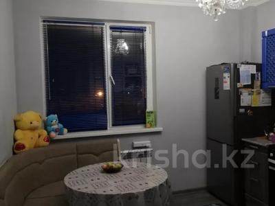 2-комнатная квартира, 58 м², 4/9 этаж, проспект Улы Дала 25 за 25 млн 〒 в Нур-Султане (Астана), Есильский р-н — фото 9