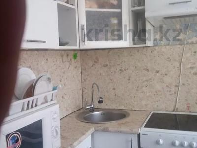 3-комнатная квартира, 57 м², 1/5 этаж, Глинки 27 — Карменова за 10.8 млн 〒 в Семее — фото 5