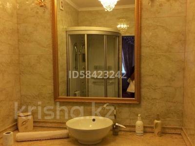 7-комнатный дом, 250 м², 7.5 сот., Крупская — Мкр Каспий за 105 млн 〒 в Атырау — фото 14
