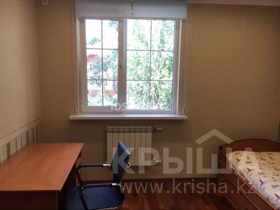 7-комнатный дом, 250 м², 7.5 сот., Крупская — Мкр Каспий за 105 млн 〒 в Атырау — фото 18