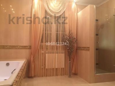 7-комнатный дом, 250 м², 7.5 сот., Крупская — Мкр Каспий за 105 млн 〒 в Атырау — фото 19
