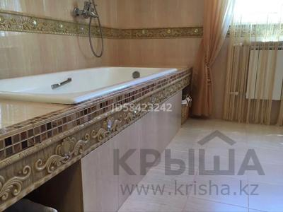 7-комнатный дом, 250 м², 7.5 сот., Крупская — Мкр Каспий за 105 млн 〒 в Атырау — фото 22