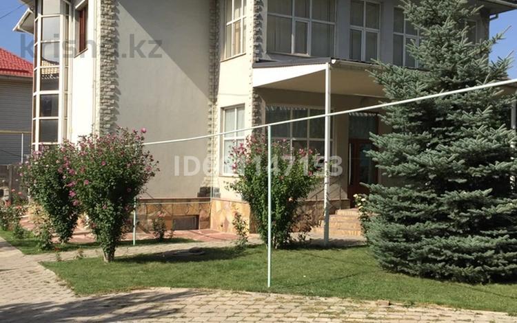 4-комнатный дом, 246 м², 10 сот., Жумабаева 7 — Раимбека за 110 млн 〒 в Бесагаш (Дзержинское)