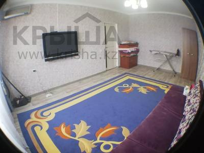 1-комнатная квартира, 40 м², 5/10 этаж посуточно, 12-й мкр 37 — Мунайши за 7 000 〒 в Актау, 12-й мкр — фото 8