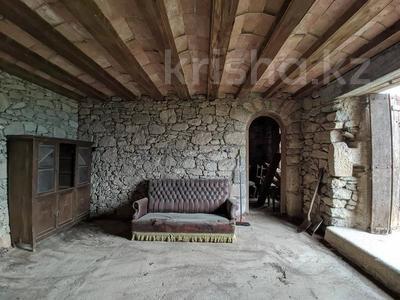 Дача с участком в 403 сот., San Juan de las Abadesas за ~ 373 млн 〒 — фото 16