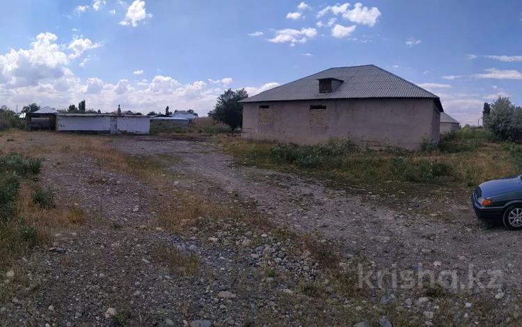 участок с недостроенным домом и действующим производством за 30 млн 〒 в Жалпактобе