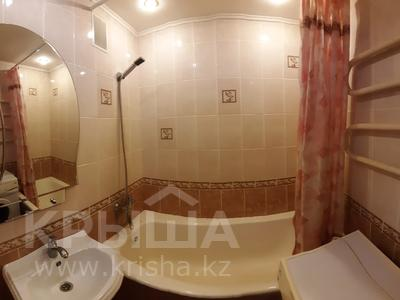 1-комнатная квартира, 35 м², 6/9 этаж посуточно, Камзина 74 за 5 000 〒 в Павлодаре — фото 5