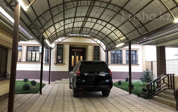 5-комнатный дом, 200 м², 8 сот., Мкр. Нуртас 111 за 75 млн 〒 в Шымкенте, Каратауский р-н