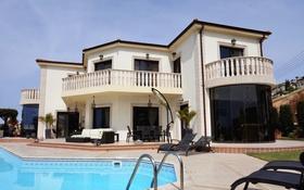 6-комнатный дом, 395 м², 8 сот., Пейя, Пафос за 900 млн 〒