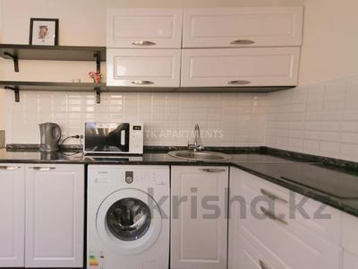 1-комнатная квартира, 45 м², 3/9 этаж посуточно, Сауран 2 — Достык за 10 000 〒 в Нур-Султане (Астана), Есиль р-н — фото 5
