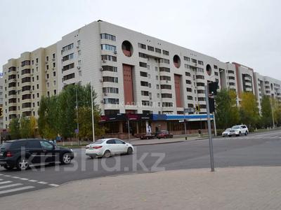 1-комнатная квартира, 45 м², 3/9 этаж посуточно, Сауран 2 — Достык за 10 000 〒 в Нур-Султане (Астана), Есиль р-н — фото 11