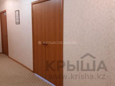 3-комнатная квартира, 92 м², 7/12 этаж, Кабанбай батыра за 28.4 млн 〒 в Нур-Султане (Астана) — фото 5