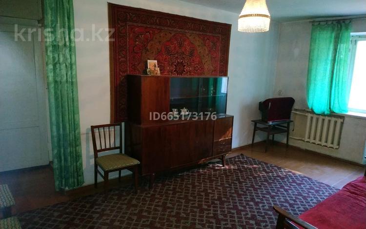 3-комнатная квартира, 60 м², 2/4 этаж, проспект Абая 198 за 14 млн 〒 в Таразе