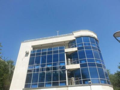 Здание, площадью 404 м², Толе би 49А — Назарбаева за 306 млн 〒 в Алматы, Медеуский р-н — фото 2