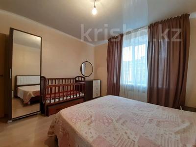 2-комнатная квартира, 65 м², 4/6 этаж помесячно, 38 улица 27 за 120 000 〒 в Нур-Султане (Астана) — фото 8