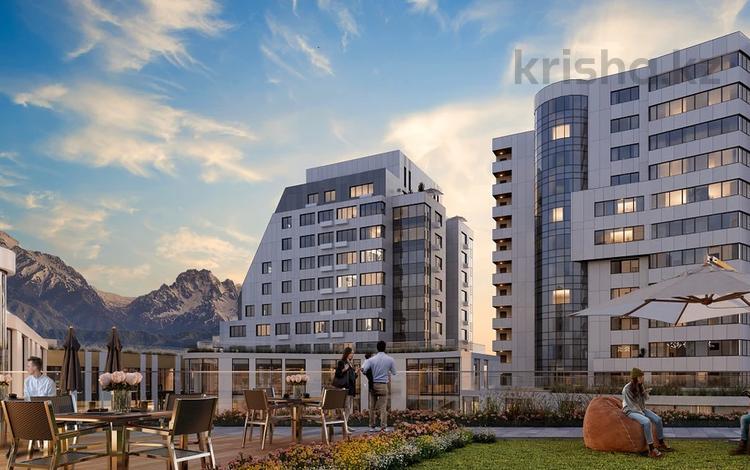 2-комнатная квартира, 94.3 м², мкр. Самал-3 15 за ~ 61.4 млн 〒 в Алматы, Медеуский р-н