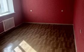 2-комнатная квартира, 60 м², 2/5 этаж на длительный срок, Мкр Сырдария 8А — проспект Нурсултана Назарбаева за 60 000 〒 в