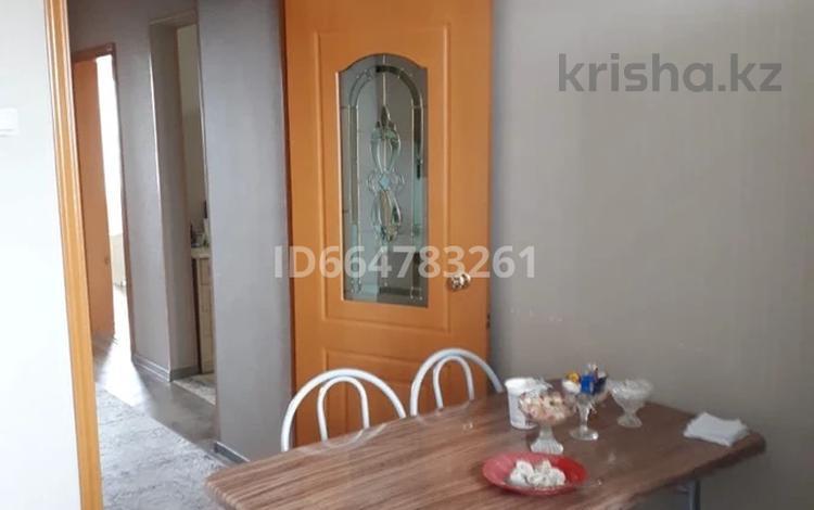 3-комнатная квартира, 72 м², 6/9 этаж, Бозтаева за 21 млн 〒 в Семее