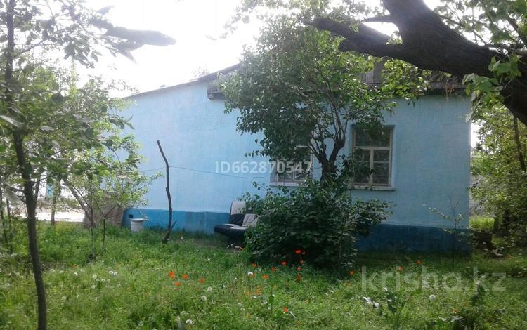 4-комнатный дом, 100 м², 100 сот., Молдарбекова 6 — За линий за 12 млн 〒 в Таразе