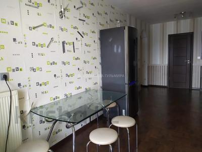 3-комнатная квартира, 90 м², 16/16 этаж, Мкр Самал 7 — проспект Республики за 28 млн 〒 в Нур-Султане (Астана), р-н Байконур — фото 12