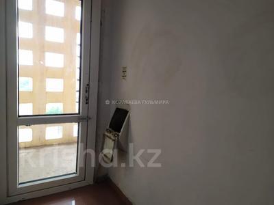 3-комнатная квартира, 90 м², 16/16 этаж, Мкр Самал 7 — проспект Республики за 28 млн 〒 в Нур-Султане (Астана), р-н Байконур — фото 15