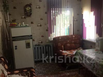 4-комнатный дом, 75 м², 16 сот., Войнов за 6.5 млн 〒 в Караганде, Октябрьский р-н — фото 2