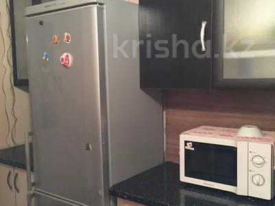 1-комнатная квартира, 38 м², 2/4 этаж посуточно, Аибергенова 8 — Республики за 7 000 〒 в Шымкенте, Аль-Фарабийский р-н — фото 7