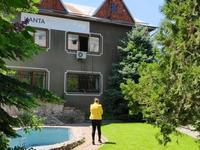 10-комнатный дом помесячно, 700 м², 10 сот.