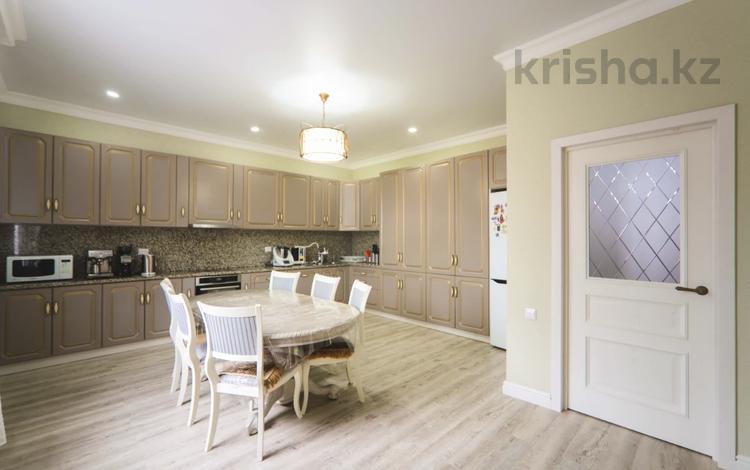 6-комнатный дом, 440 м², 10 сот., Жангильдина 1/1 за 62 млн 〒 в Нур-Султане (Астана)