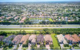 5-комнатный дом, 413 м², 6 сот., 17954 Lake Azure Way, Boca Raton, FL 33496 за 768 млн 〒 в Майами
