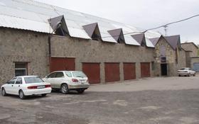 Здание, площадью 950 м², ул. Ерубаева 4а за 220 млн 〒 в Караганде, Казыбек би р-н