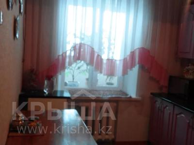 3-комнатная квартира, 60 м², 6/10 этаж, проспект Тауелсыздык 293 за 12.5 млн 〒 в Павлодаре — фото 10
