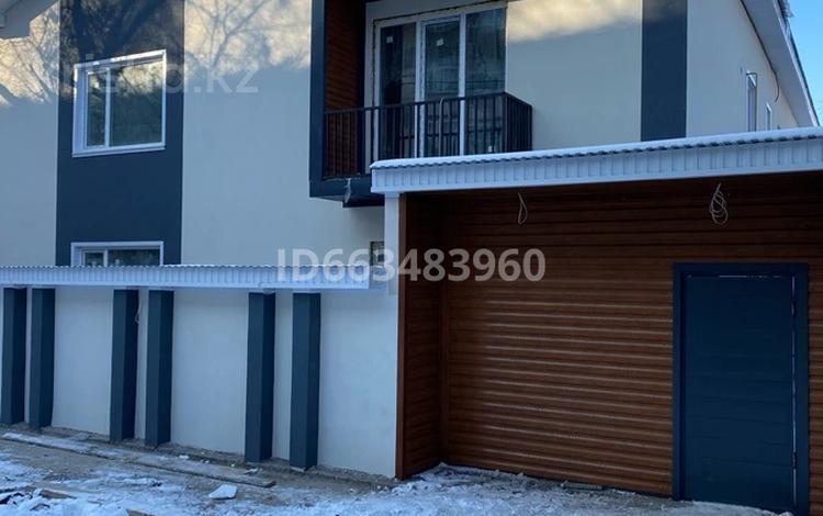 3-комнатный дом, 100 м², 2.5 сот., Ярославская 35 за 20.5 млн 〒 в Уральске