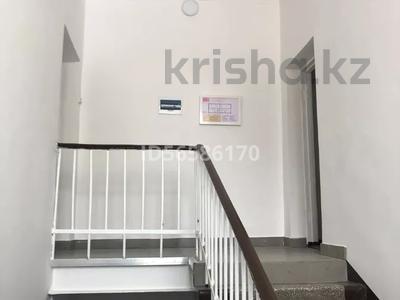 Здание, Академика Маргулана 91 площадью 550 м² за 2 400 〒 в Павлодаре — фото 2