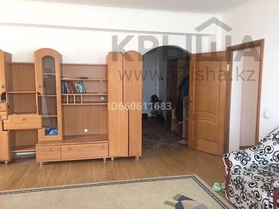 3-комнатная квартира, 110.9 м², 3/8 этаж помесячно, Алтын аул за 140 000 〒 в Каскелене — фото 3