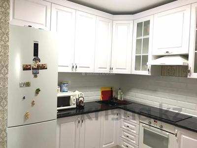 2-комнатная квартира, 50 м², 12/18 этаж, Сауран за 23.9 млн 〒 в Нур-Султане (Астана), Есиль р-н — фото 7