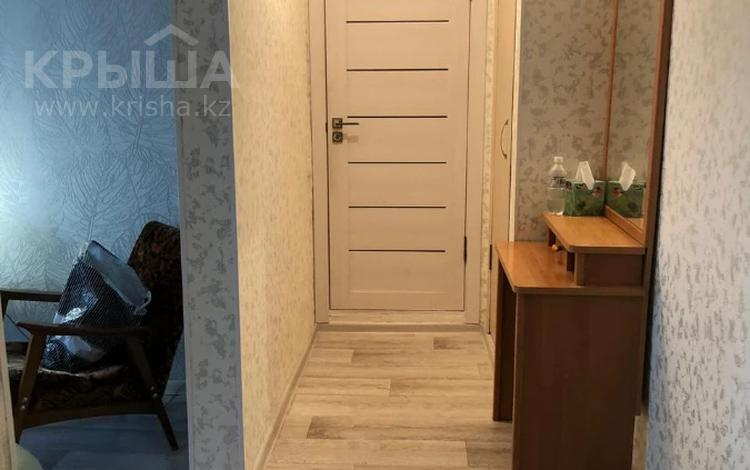 1-комнатная квартира, 37 м², 4/4 этаж, проспект Сакена Сейфуллина за 25 млн 〒 в Алматы, Алмалинский р-н