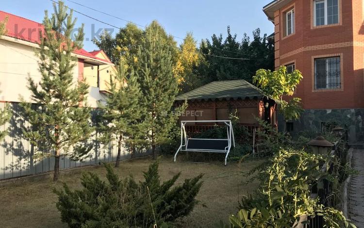 6-комнатный дом помесячно, 380 м², 7 сот., Таугуль-3 27 за 600 000 〒 в Алматы, Бостандыкский р-н