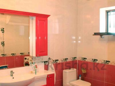 5-комнатный дом, 247 м², 10 сот., Муратбаева за 60 млн 〒 в Талгаре — фото 29