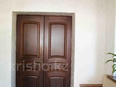 5-комнатный дом, 247 м², 10 сот., Муратбаева за 60 млн 〒 в Талгаре — фото 32