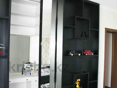 5-комнатный дом, 247 м², 10 сот., Муратбаева за 60 млн 〒 в Талгаре — фото 6