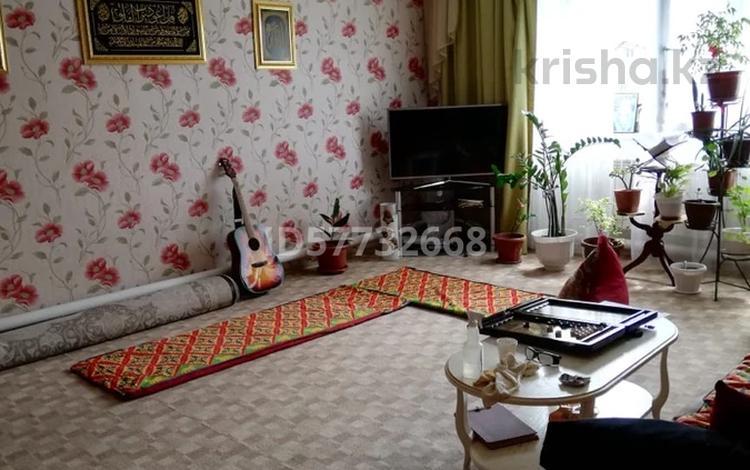 3-комнатный дом, 130 м², 12 сот., Трудовая 21 за 18 млн 〒 в Аксае