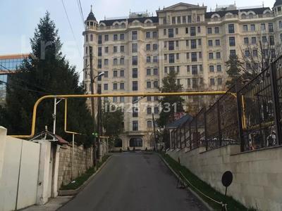 9-комнатный дом, 307 м², 9 сот., Достык — Омарова (Рубинштейна) за 150 млн 〒 в Алматы — фото 2