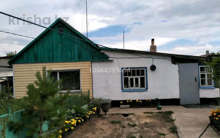 4-комнатный дом, 71.5 м², 7 сот., мкр Михайловка за 12 млн 〒 в Караганде, Казыбек би р-н