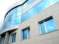 Здание, площадью 2600 м²